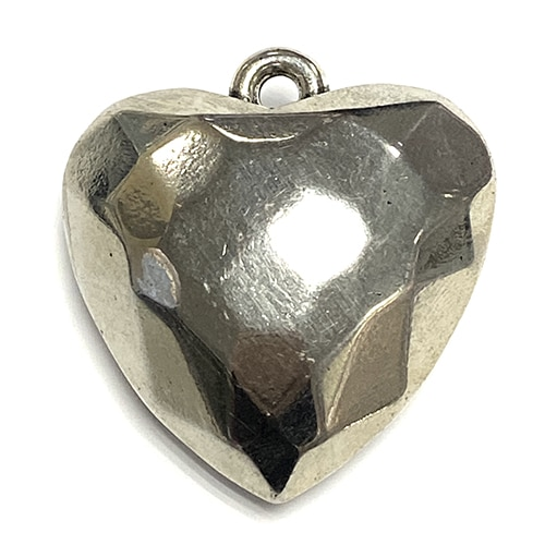 FACETED HEART PENDANT